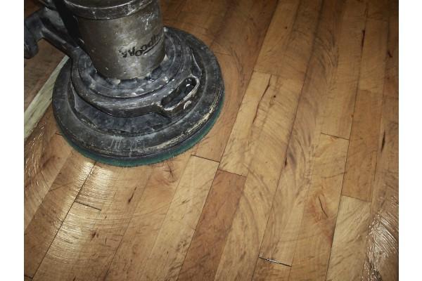 Obrázek 2 produktu Olej na čištění podlah (Velikost balení: 1 litr )